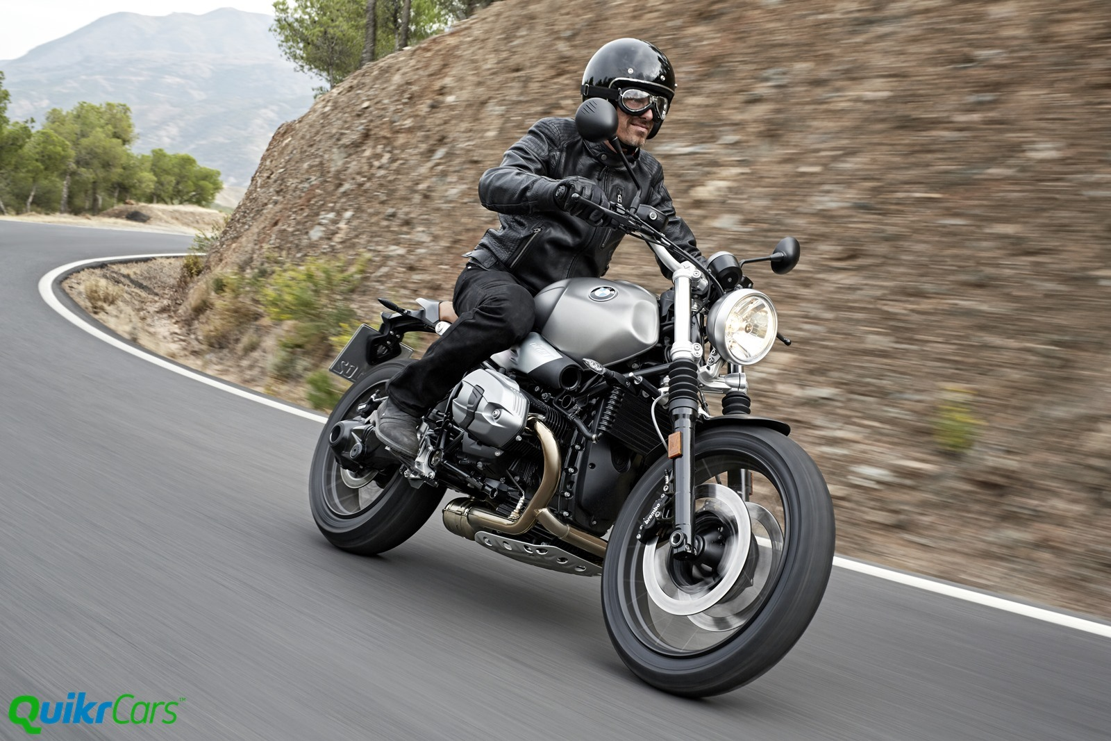2016 BMW R nineT Scrambler officially unveiled at EICMA