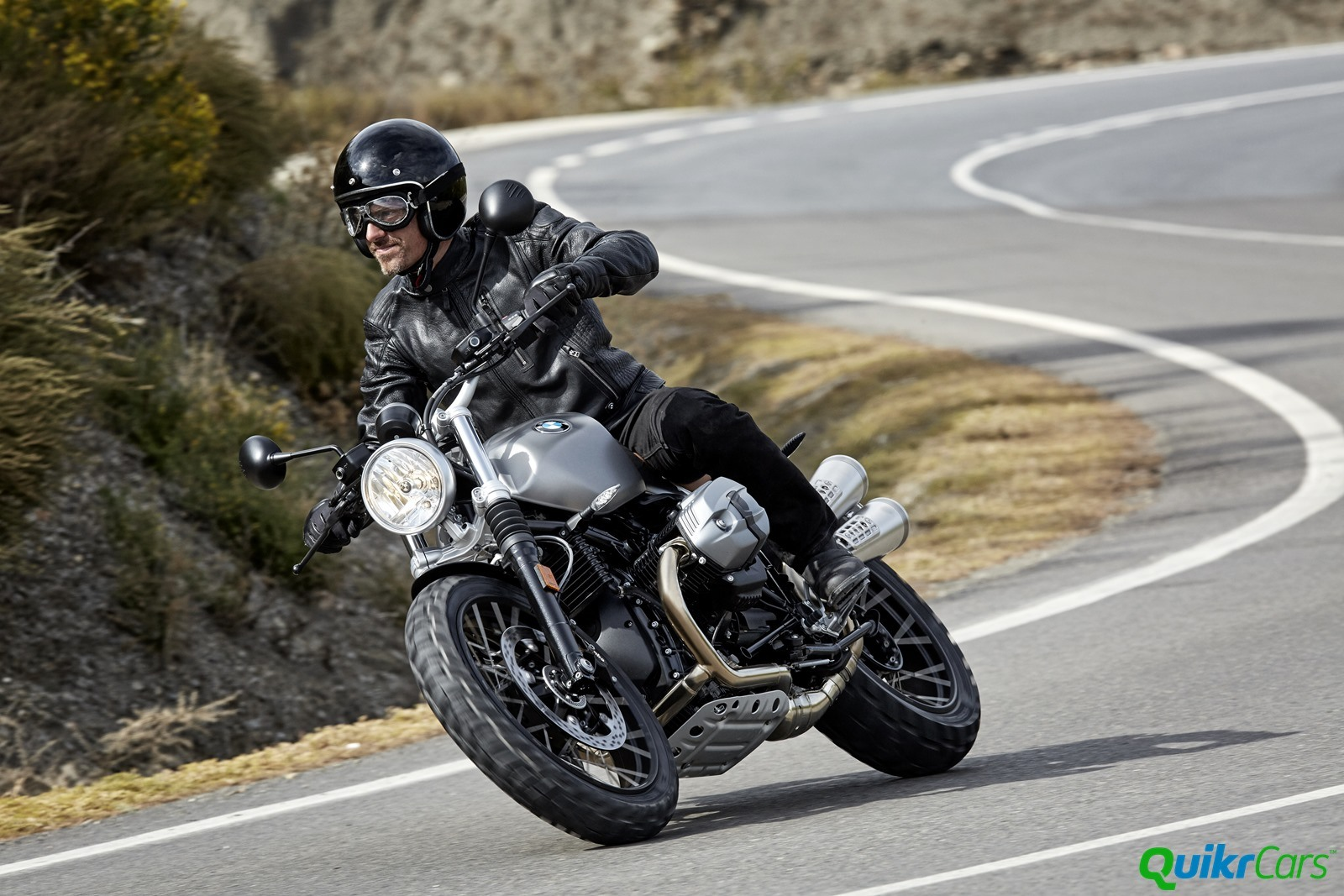 BMW R nineT Scrambler officially unveiled at EICMA