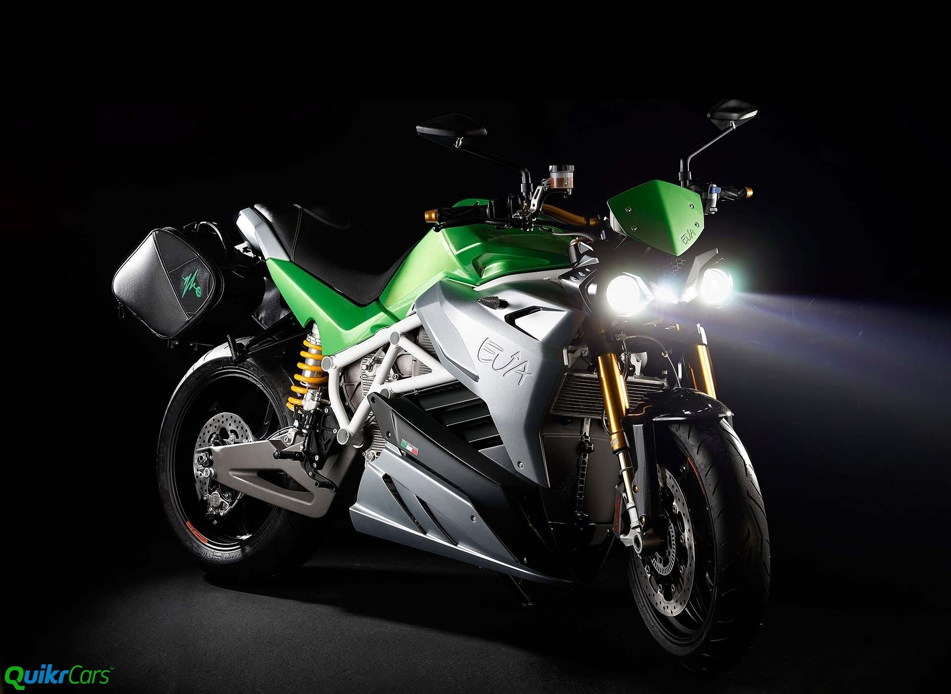 Energica Eva - electric streetfighter