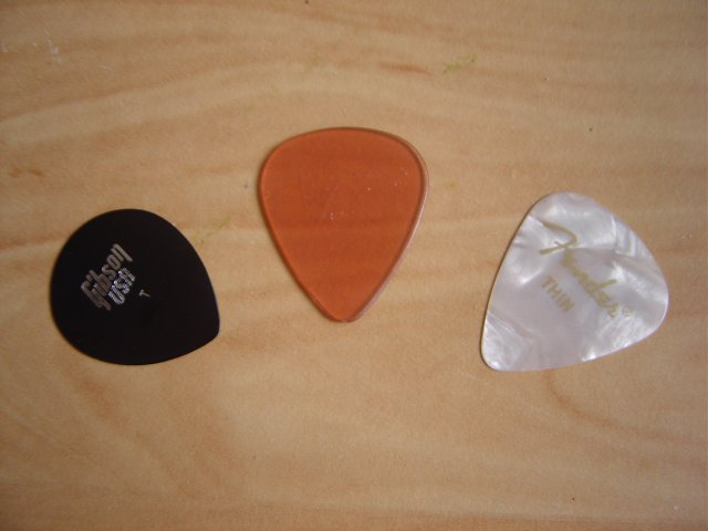 Guitar pick made out of CDs