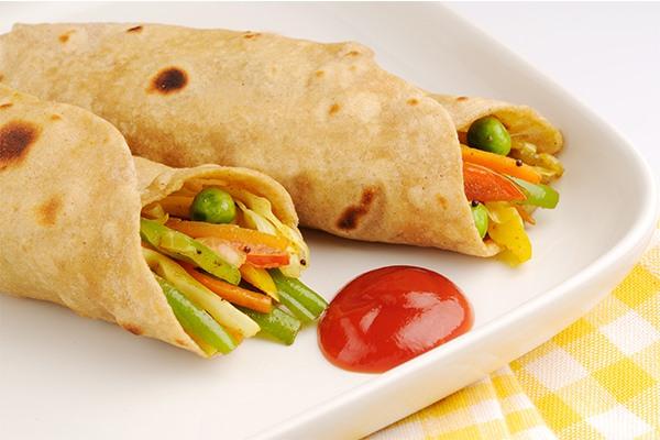stuffed-chapati-rolls (2)