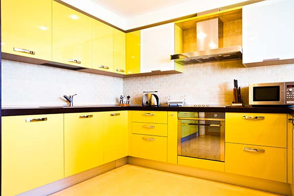 yellow-kitchen-interior